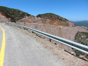 02_5_1_Road_Mountain_Ridge_Moustakos